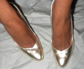 MK Gold/Satin Metallic Ginger Pump